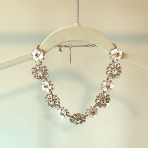 Ann Taylor white floral crystal statement necklace